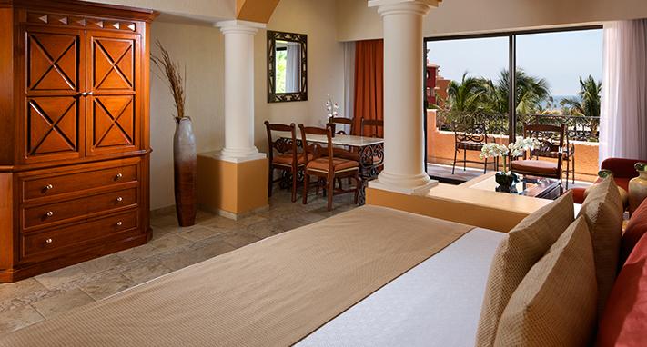 Luxurious Cabo San Lucas Suites Playa Grande Resort