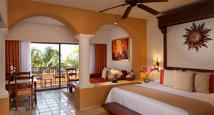 Luxurious Cabo San Lucas Suites Playa Grande Resort